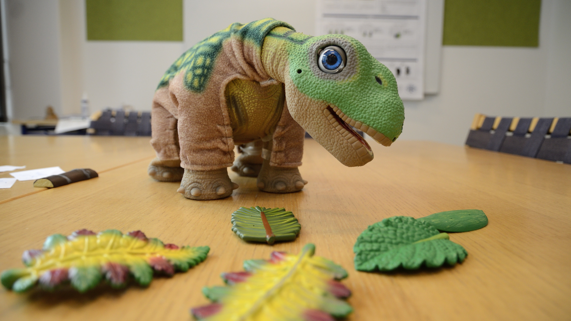 A Pleo and his food items.
