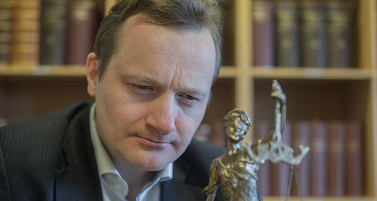 Frederik Waage