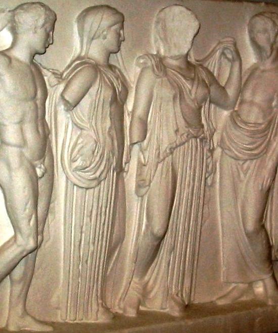 Asklepios og Hygieia med børn. Græsk, ca. 420 f.Kr.