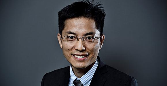 Adjunkt Changzhu Wu fra Institut for Fysik, Kemi og Farmaci