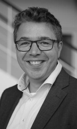 Portrætfoto af senior strategisk analytiker Bruno Mølgaard Geertsen