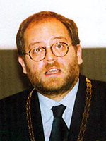 Tidl. rektor Henrik Tvarnø
