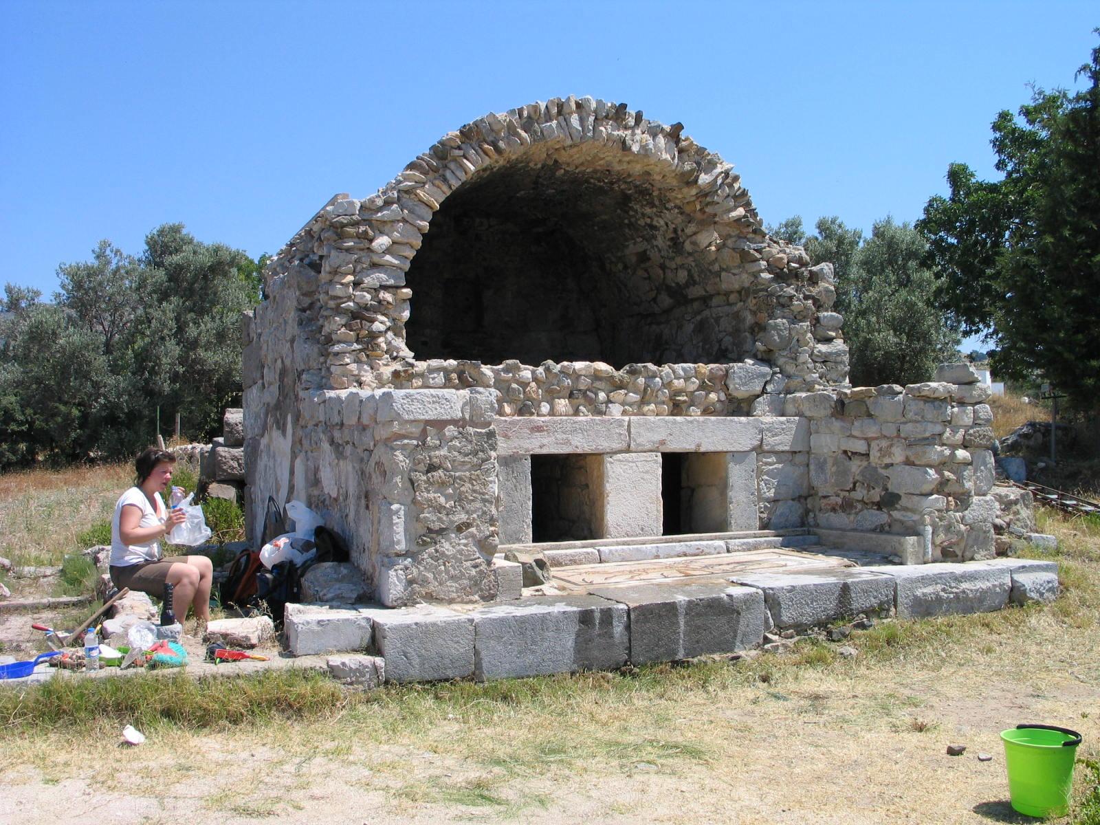 Fig. 4. Tomb 2 (B. Poulsen)