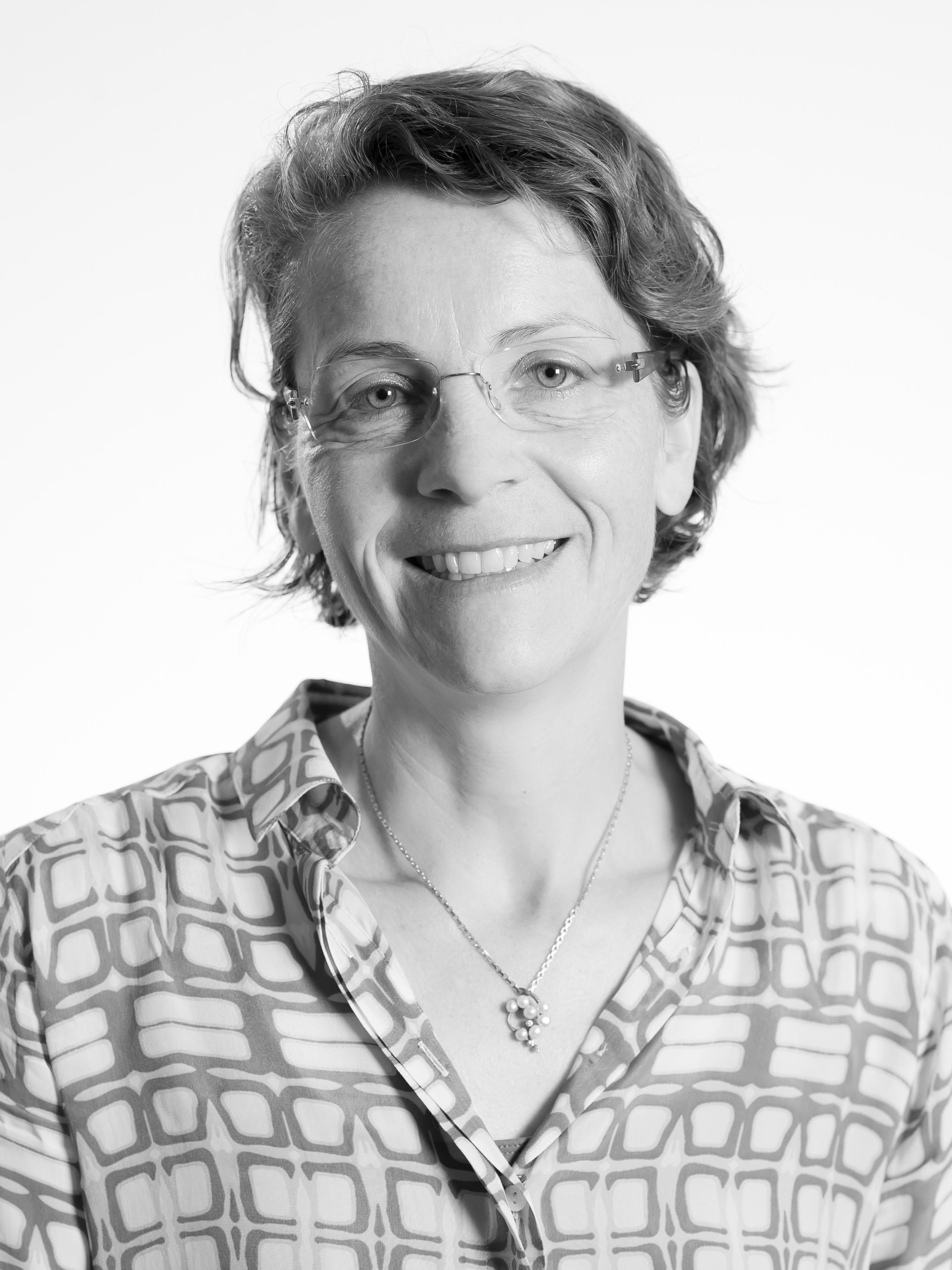 Mette Præst Knudsen